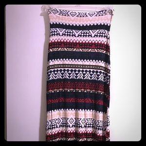 Charlotte Russe Skirts - Cute maxi skirt! ⭐️